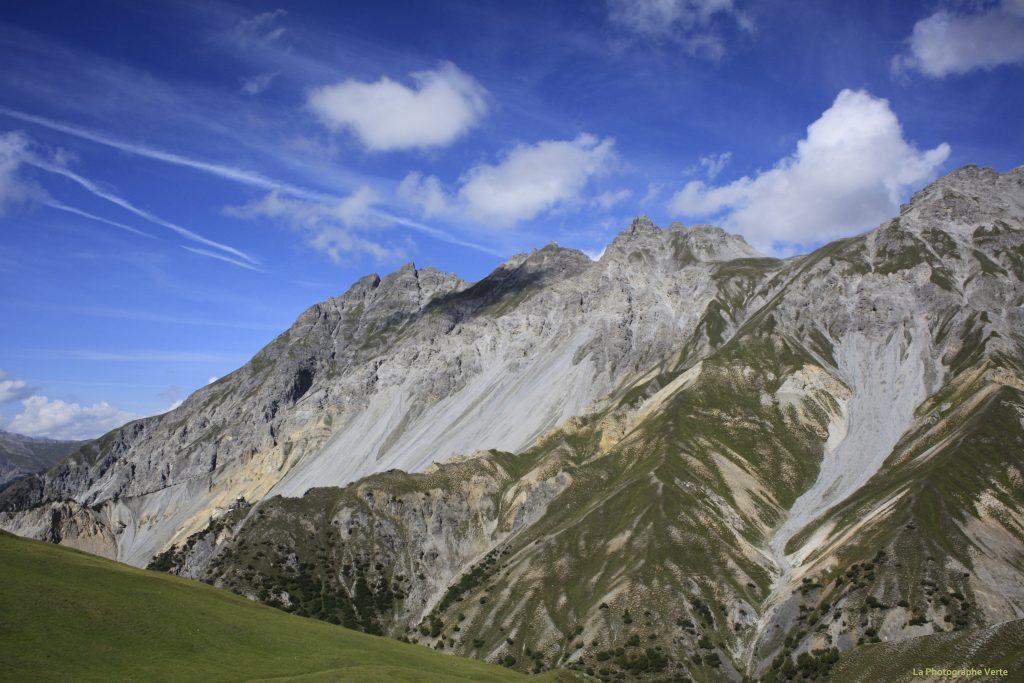 photo de paysage: massif dans le Parc National Suisse dans les Grisons (Suisse)